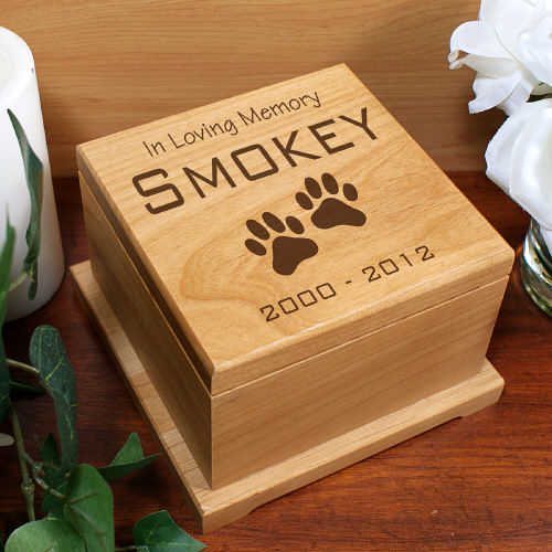 Engraved Pet Memorial Wooden Urn - Pet Memorial Gifts